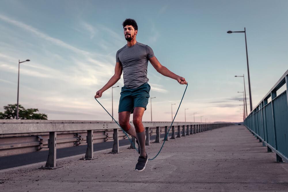 exercicio de pular corda